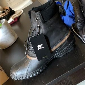 BNWTIB In Box Men's Sorel waterproof winter boots